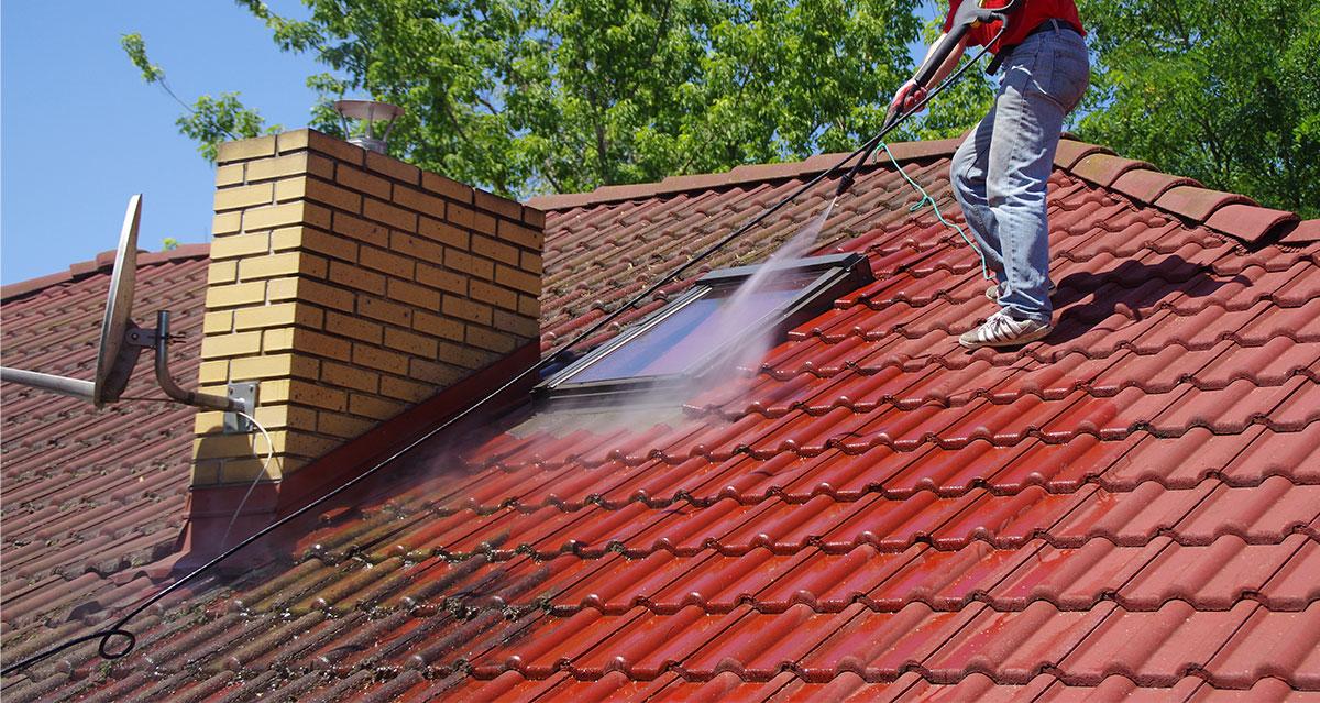 dachreinigung muenchen dachdecker 00 - Dachreinigung München
